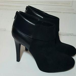 Jessica Simpson Heeled Booties size 8